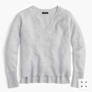 J.Crew v-neck sweater in yarn NWT heather gray